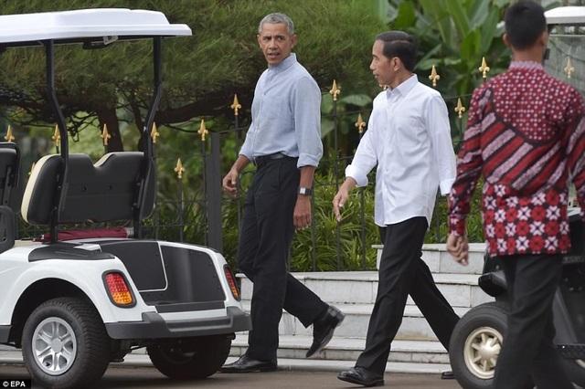 Ngày 29/6, cựu Tổng thống Obama đã nhận lời mời của ông Widodo đến thăm lâu đài rộng 81ha mà gia đình Tổng thống Indonesia đang sống cùng gia đình. (Ảnh: EPA)
