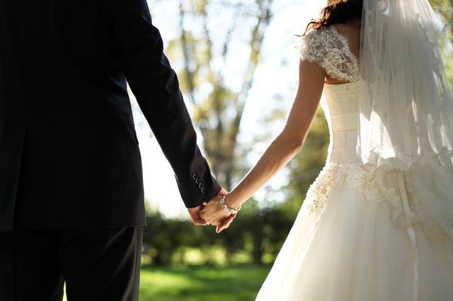 """""""Cưới ngay từ cái nhìn đầu tiên"""": Sự thất bại của """"hôn nhân tính toán"""" - 1"""