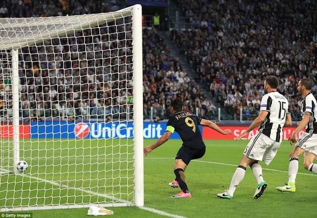 Monaco rút ngắn tỷ số xuống 1-2 ở phút 69 và thời gian còn lại quá ít để họ đảo ngược tình thế