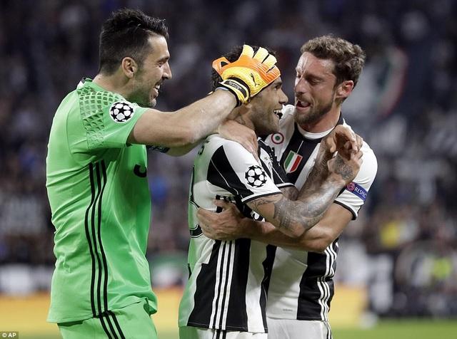 Juventus dẫn trước hai bàn khá dễ dàng ở hiệp 1