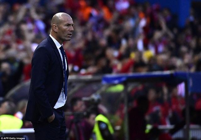 HLV Zidane đứng trước cơ hội làm nên lịch sử