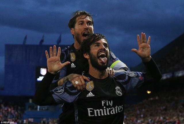 Isco giúp Real Madrid tránh được áp lực, sau khi bị dẫn hai bàn sớm