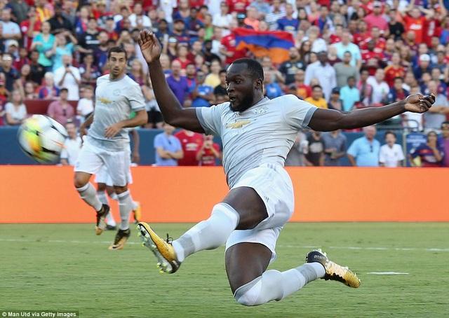 Tiền đạo tân binh Lukaku đã có một trận đấu nhạt nhòa
