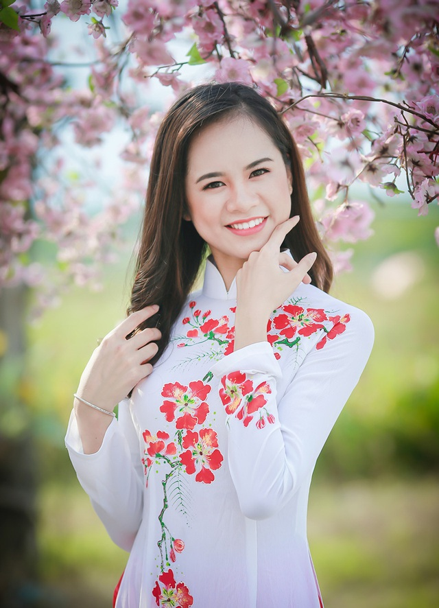 Điêu Thị Hồng (sinh năm 1998) - sinh viên Học viện Hành chính quốc gia