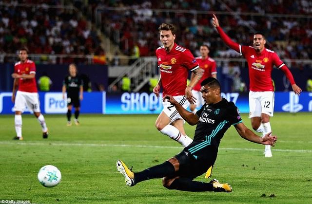Pha ghi bàn mở tỷ số của Casemiro ở phút 24