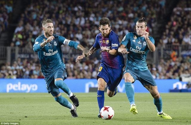 Các cầu thủ Real Madrid luôn theo sát Messi