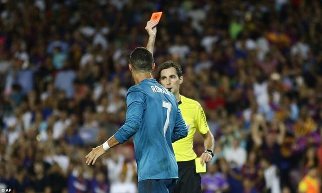 C.Ronaldo vào sân ở phút 58, nhưng anh đã nhận thẻ đỏ ở phút 82
