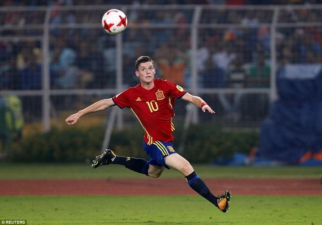 Sergio Gomez lập cú đúp, nhưng không thể giúp U17 Tây Ban Nha chiến thắng