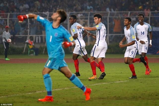 Niềm vui chiến thắng của cầu thủ U17 Anh