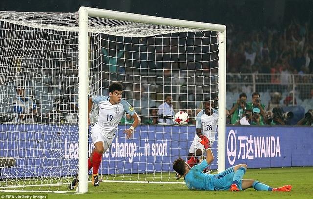 Morgan Gibbs White để lại dấu ấn với 1 bàn thắng