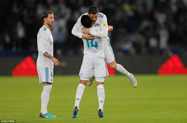 Real Madrid lẫn thứ ba trong 4 năm vô địch FIFA Club World Cup