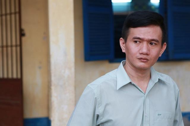 """Phạm Nhật Huy bất ngờ thành """"ông giáo làng"""" - 1"""