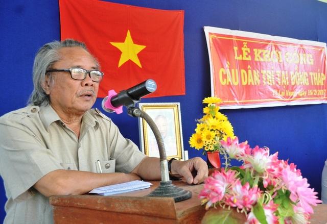 Nhà báo Phan Huy - Trưởng VP báo Dân trí khu vực ĐBSCL phát biểu tại lễ khởi công cầu Dân trí ở Đồng Tháp