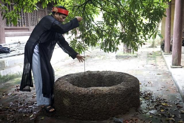 Nước giếng vẫn được sử dụng, dùng pha trà hoặc đồ xôi rất ngon.