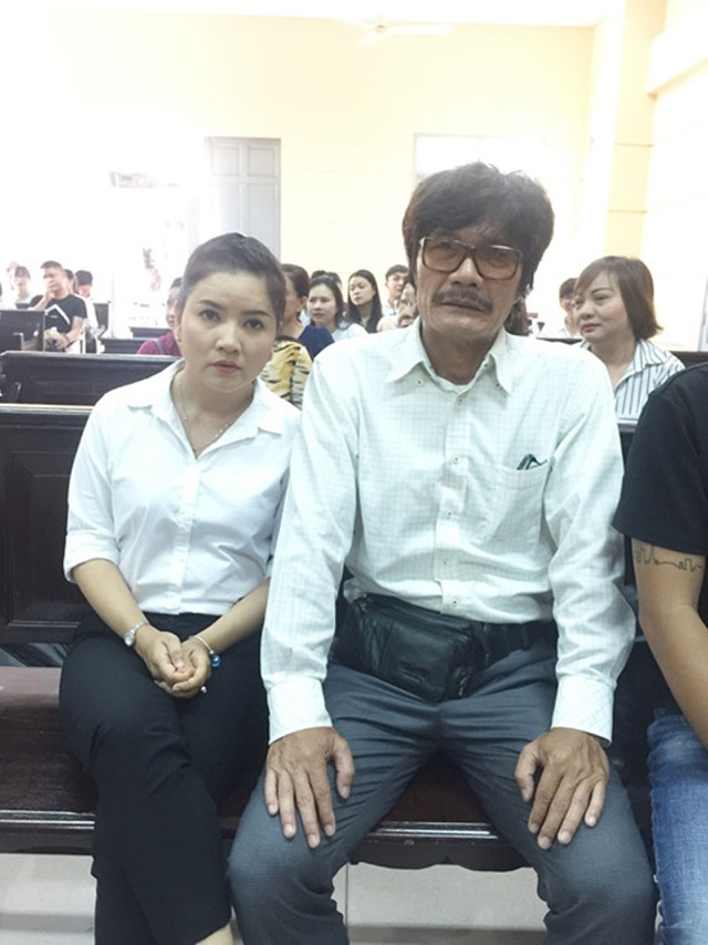 Ngọc Trinh cùng đạo diễn Công Ninh.