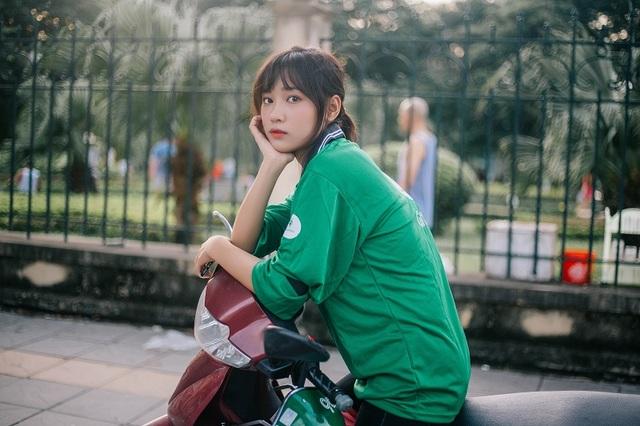 Nhiều người tưởng rằng Thu Hà là một người chạy xe ôm Grab bike