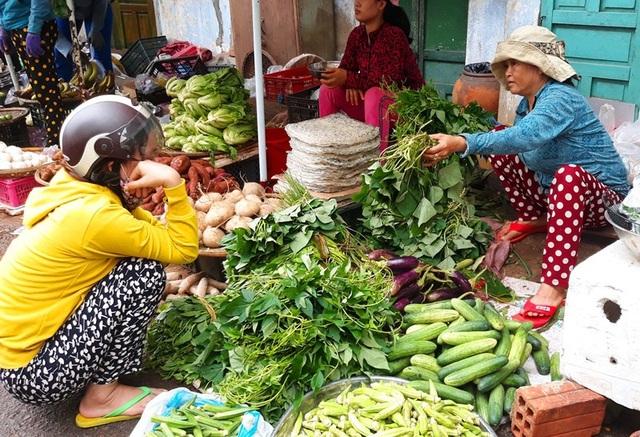 Giá rau xanh ở Bình Định cũng tăng cao