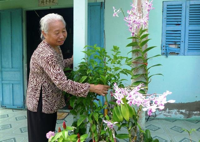 Sau hơn 30 năm đứng lớp đầy gian nan với nghề gõ đầu trẻ nhưng cô Tuyết luôn tự hào mình là một giáo viên