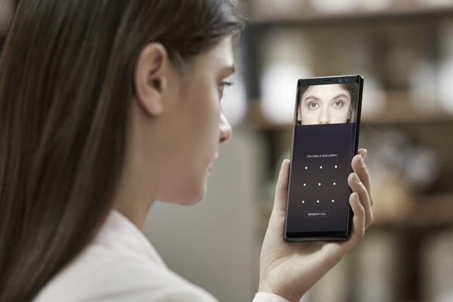Samsung Galaxy Note8 hiện là smartphone được trang bị nhiều phương pháp nhận diện sinh trắc học nhất hiện nay.
