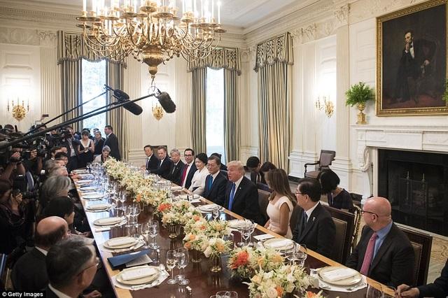 Cuộc hội đàm thượng đỉnh chính thức giữa 2 nước sẽ diễn ra vào hôm nay, với chủ đề chính là củng cố quan hệ ngoại giao bền chặt Hàn - Mỹ và phối hợp xử lý vấn đề Triều Tiên. (Ảnh: Getty)