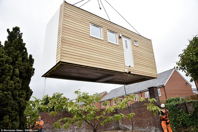 Hiện tại, Quỹ Vô gia cư (Anh) đang thực hiện một dự án nhà ở dành cho người độc thân thu nhập thấp và người vô gia cư.
