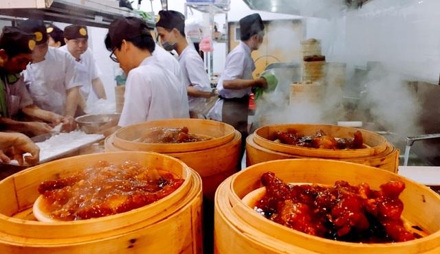 Ẩm thực tại đây đậm chất Trung Hoa