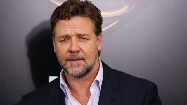"""Nam diễn viên Russell Crowe gần đây đã """"tung ra những ám chỉ"""" khi trả lời phỏng vấn trên sóng phát thanh Úc, rằng rất có thể """"Võ sĩ giác đấu"""" sẽ có một phần phim tiếp theo."""