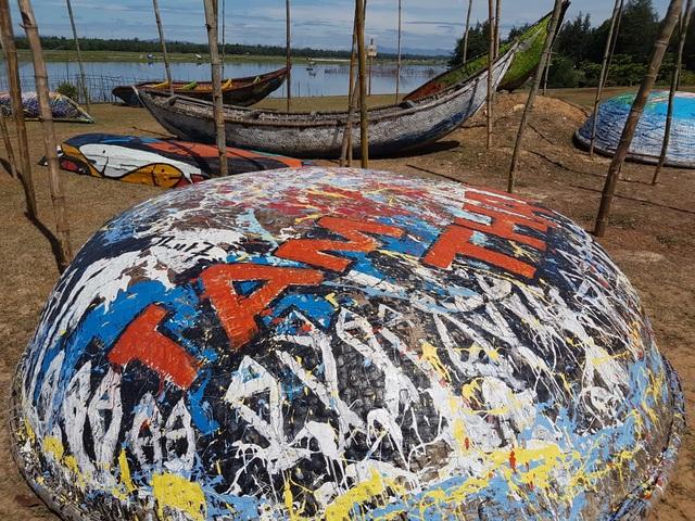 Con đường nghệ thuật thuyền thúng Tam Thanh được khánh thành vào tháng 6 vừa qua