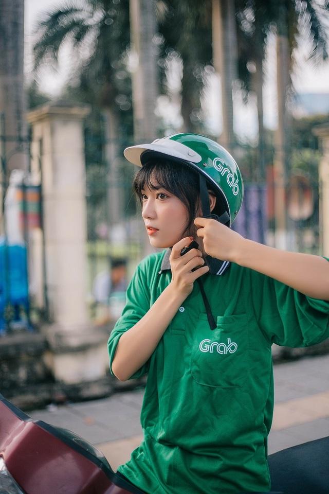 Hình ảnh đẹp của Thu Hà đang được dân mạng chia sẻ rần rần