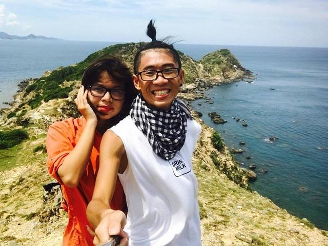 Kỷ niệm tình yêu, cặp đôi 9x xuyên Việt qua gần 20 tỉnh thành - 2