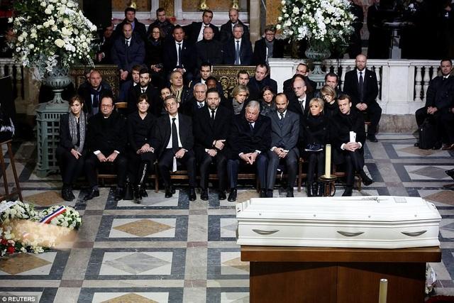 Rất nhiều chính trị gia tên tuổi của Pháp đã đến dự lễ tang.