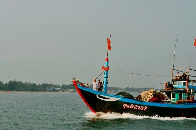 Ngư dân Hội An sẵn sàng vươn khơi bám biển, bảo vệ chủ quyền