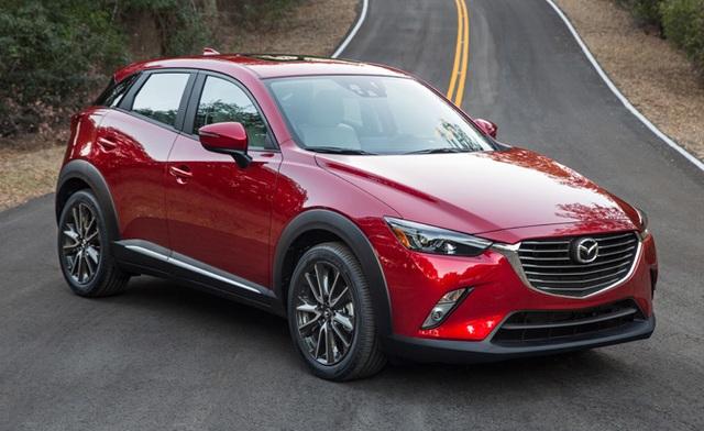 Mazda CX-3 2017 vẫn được trang bị động cơ xăng SkyActiv-G 4 xy-lanh, phun nhiên liệu trực tiếp, dung tích 2.0L, cho công suất tối đa 154 mã lực tại vòng tua 6.000 vòng/phút và mô-men xoắn cực đại 204 Nm tại 2.800 vòng/phút.