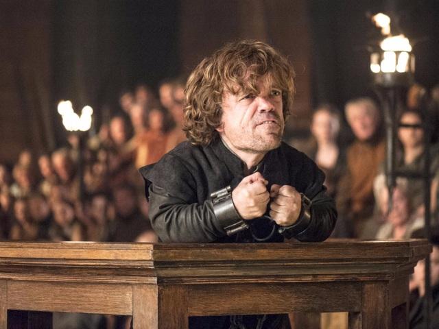 Thoạt tiên, Cersei tưởng người em trai sẽ làm hại mình chính là Tyrion. Vì vậy, Cersei đã cùng với cha mình khép người em trai vào tội sát hại cháu trai - nhà vua Joffrey, dẫn tới việc Tyrion trả thù cha và sau đó về dưới trướng Nữ hoàng Daenerys chống lại chị gái.