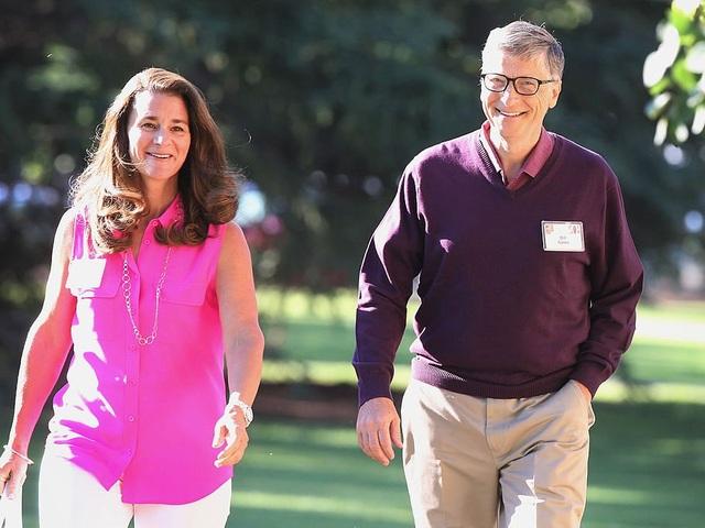 Bill Gates duy trì thói quen đi bộ, tập thể dục mỗi sáng.