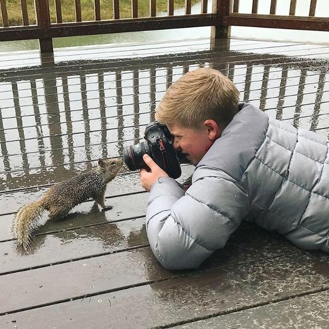 Cậu bé chiến thắng số phận, đoạt giải thưởng nhiếp ảnh nhờ niềm đam mê bất tận - 7