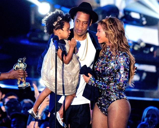Rapper Jay Z sáng tác bài hát dành tặng con gái đầu lòng.