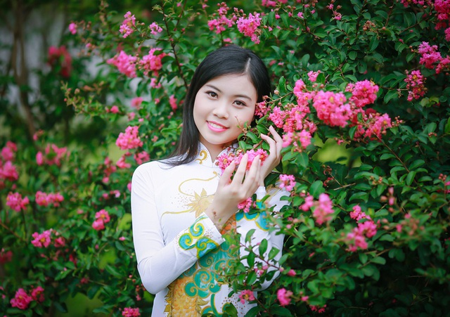 Tạ Thu Thảo (sinh năm 1997) - sinh viên CĐ Công nghệ và Thương mại Hà Nội