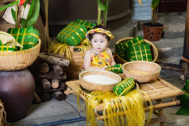 Trần Khánh My (tên ở nhà Mimi) sinh ngày 5/6/2015. Mới được 1 tuổi rưỡi, bé Mimi đã là một người mẫu nhí, thường lên báo chuyên mục ảnh đẹp thiếu nhi.