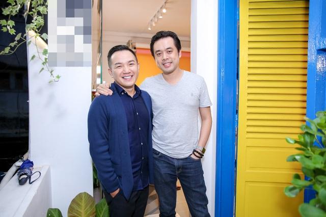 Nhạc sĩ Dương Khắc Linh cùng MC Anh Khoa.