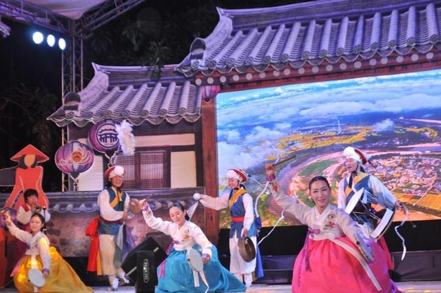 Múa Pan Gut truyền thống của Hàn Quốc