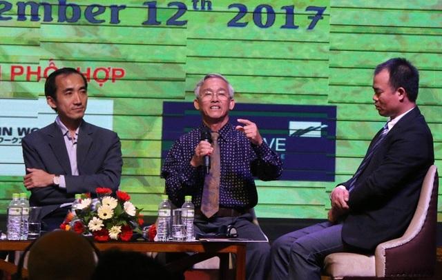 Ông Phạm Thái Bình - Tổng Giám đốc Công ty cổ phần Nông nghiệp công nghệ cao Trung An (giữa) cho rằng Gạo ĐBSCL thiếu cái người ta cần, thừa cái người ta không mua