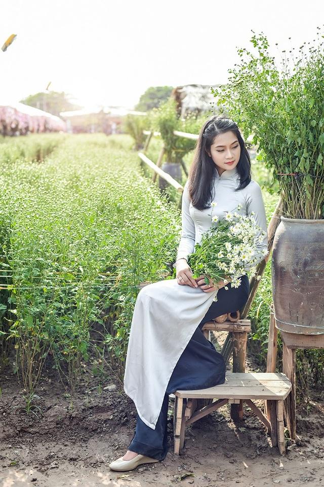 Thiếu nữ bên cúc hoạ mi Hà Nội - 10