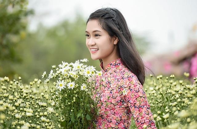 Thiếu nữ bên cúc hoạ mi Hà Nội - 9