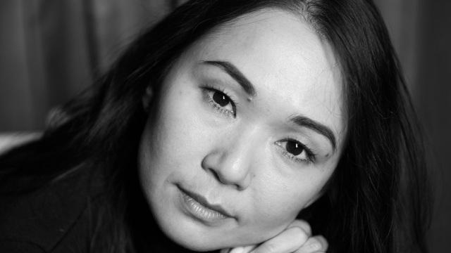 Nữ diễn viên người Mỹ gốc Việt - Hồng Châu