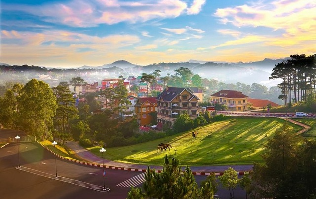 Báo nước ngoài bình chọn 10 địa danh đẹp nhất Việt Nam - 9
