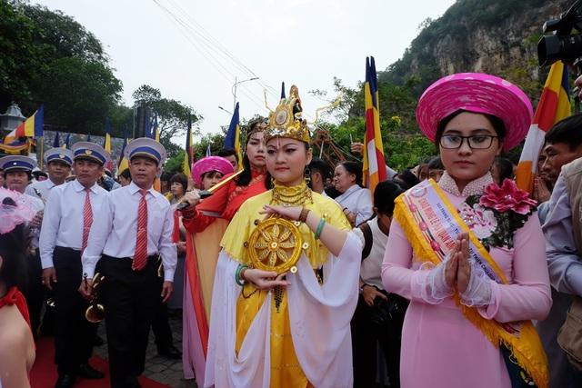 Chiêm ngưỡng hóa trang Bồ Tát trong lễ hội Quán Thế Âm - 8