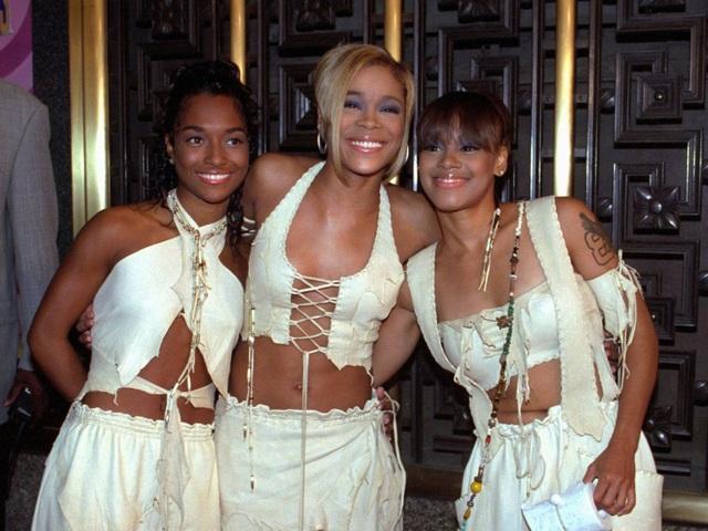 Nhóm nhạc nữ TLC cũng từng yêu cầu một nồi lớn súp rau đặt trong phòng.