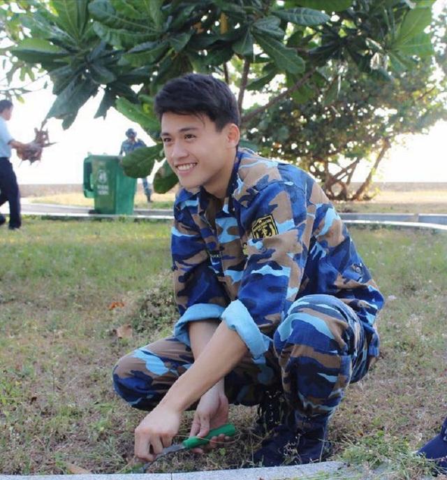 Nụ cười rất đẹp của Thanh Nguyễn