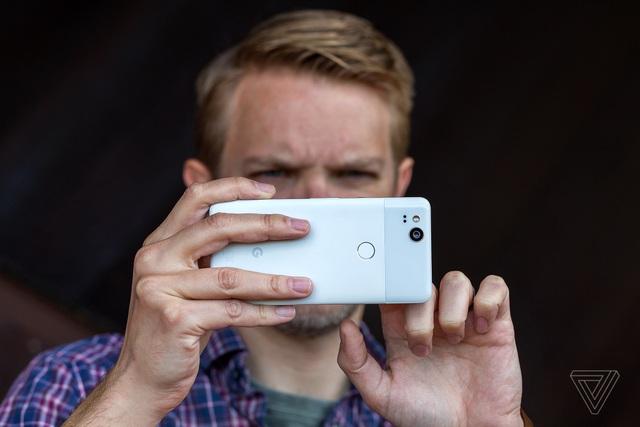 Chụp ảnh là một ưu điểm lớn của Google Pixel 2.